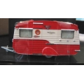 Armco 50's stylized caravan red/white 1/43