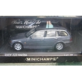 Minichamps BMW 323 Touring E46 metallic grey 1/43