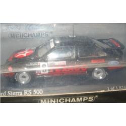 Minichamps  Ford Sierra RS500 Texaco Bathurst WTC 1987